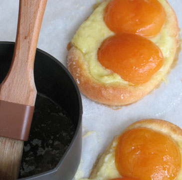 Sunny-Side-Up Apricot Pastry