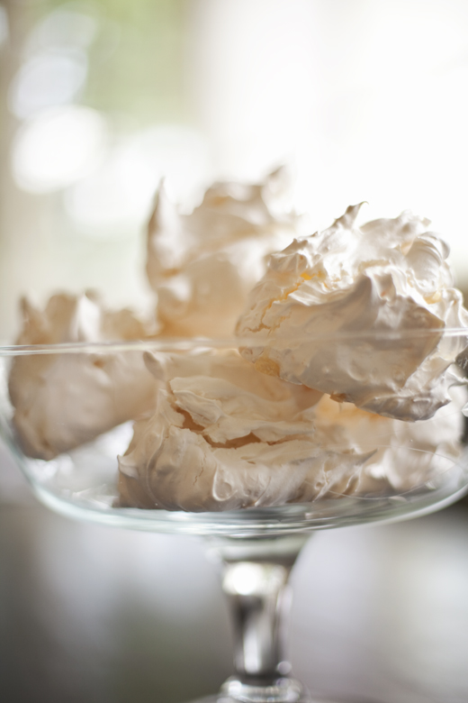 ghost meringues mom s chocolate chip meringues brown sugar meringues ...