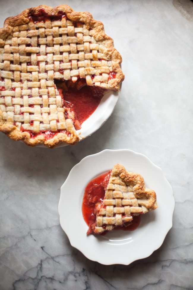 strawberry rhubarb pie (8 of 11)